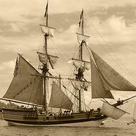 Kym Backland - The Lady Washington Ship