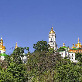 Matt Create - The Lavra as seen from the Dneiper