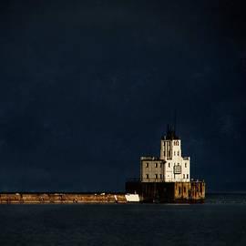 David Blank - The Milwaukee Breakwater Lighthouse