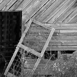 Mary Ely - The Old Barn
