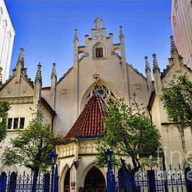 Brenda Kean - The Old Synagogue