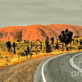Tim Richards - The Road to Uluru 2