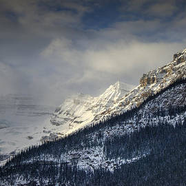 Phil Rispin - The Sky Above Lake Louise 001