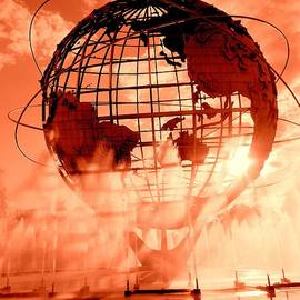 Ed Weidman - The Unisphere And Fountains