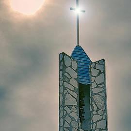 Donna Greene - The Wayfarers Chapel Steeple