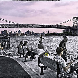 Madeline Ellis - They Gathered At The Williamsburg Bridge - Brooklyn - New York