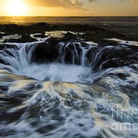 Bob Christopher - Thors Well Truly A Place Of Magic 2