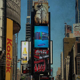 Times Square Grunge by Jemmy Archer