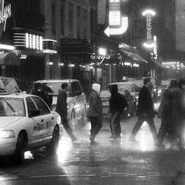 Ray Devlin - Times Square in the Rain