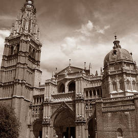 Toledo Cathedral by Michael Kirk