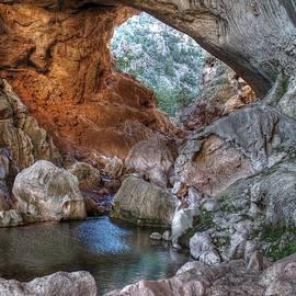 Tonto Natural Bridge by Richard Brown