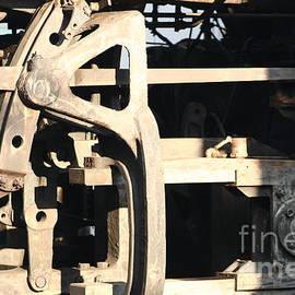 B Rossitto - Train Gear