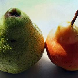 Lali Kacharava - Two pears