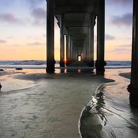 Scott Cunningham - Under Scripps Pier