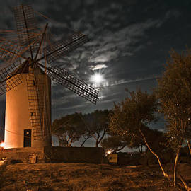 Pedro Cardona - Vintage Windmill in Es Castell Villacarlos George Town in Minorca -  Under the moonlight