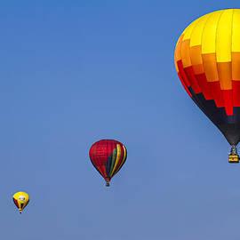 Eduard Moldoveanu - Up in the air