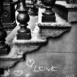 Miriam Danar - Urban Love