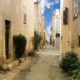 Christine Till - Valbonne - History and charm