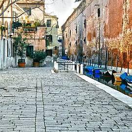 Venice Alley II by Ricardo J Ruiz de Porras