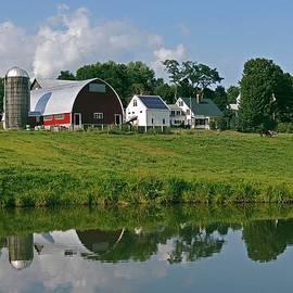 Vermont Farm by Nancy Griswold