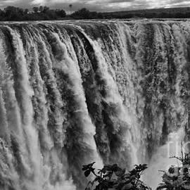 Victoria Falls by Mareko Marciniak