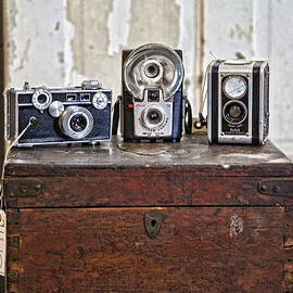 Vintage Cameras at Warehouse 54 by Toni Hopper