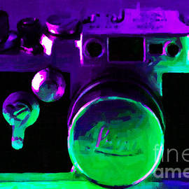 Wingsdomain Art and Photography - Vintage Leica Camera - 20130117 - Painterly v1