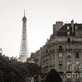 Vintage Paris by Rhonda Krause