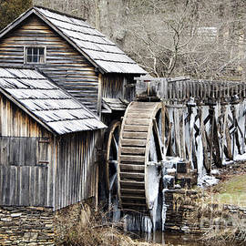 Nancy E Stein - Virginia Mill On The Blue Ridge Parkway
