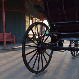 Carolina Liechtenstein - Wagon Wheel Time
