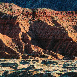 Kim Lessel - Warm  Colored Mountain Formations