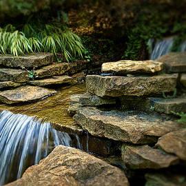 Tom Mc Nemar - Waterfall