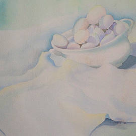 Teresa Ascone - White on White on White