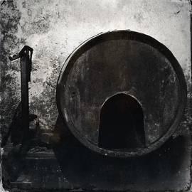 Marco Oliveira - Wine Barrel