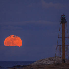 Jeff Folger - Winter moon rising over Marblehead Light