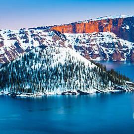 Inge Johnsson - Winter Morning at Crater Lake