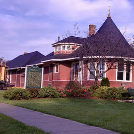 Witch's Hat Railroad Depot by Paul Cannon