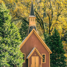 Susan Eileen Evans - Yosemite Chapel in Autumn
