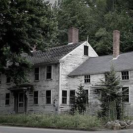 Lois Lepisto - Old House