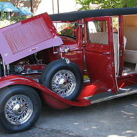Victoria Sheldon - 1931 Buick