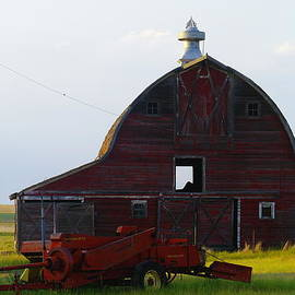 Jeff Swan - an old barn and bailor in Eastern Montana