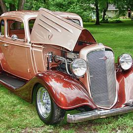 Guy Whiteley - Antique Chevy  7757