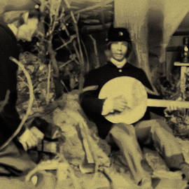 Banjo playing Union Soldier by Bill Cannon