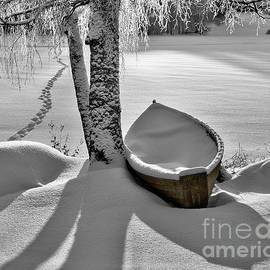 Ari Salmela - Bath and Snowy Rowboat