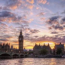 Lee-Anne Rafferty-Evans - Big Ben London