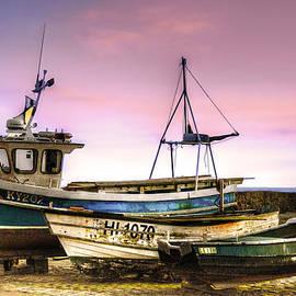 Don Alexander  Lumsden - Boats At Rest