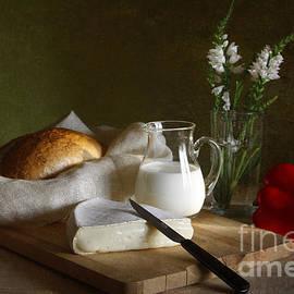 Breakfast by Matild Balogh
