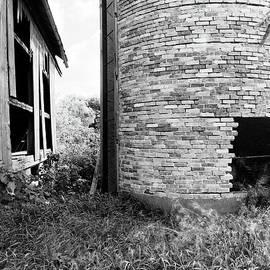 Jan W Faul - Brick Silo Wales