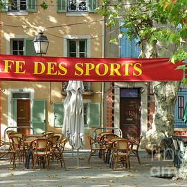 Lainie Wrightson - Cafe Des Sports