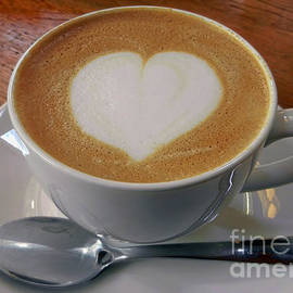 Alexandra Jordankova - Cappuccino With a Heart
